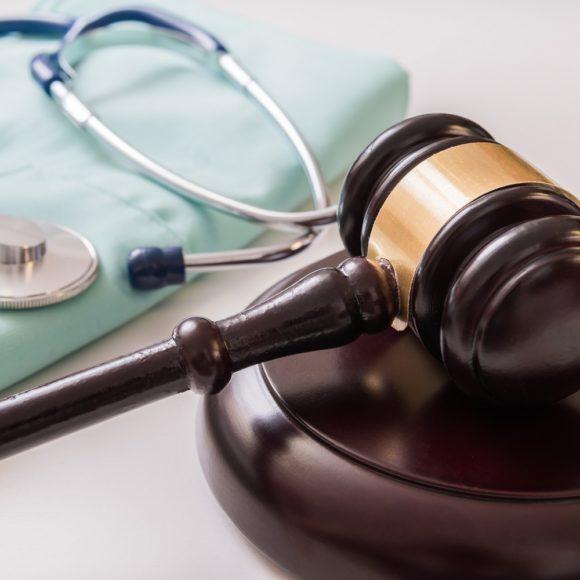 Rechtliche Grundlagen: Heilpraktikergesetz, Patientenrechtegesetz, Verbote für Heilpraktiker*innen