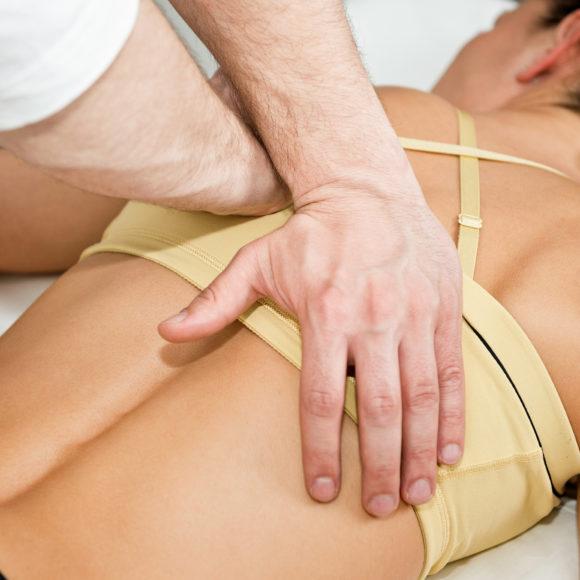 Sieben Gründe, warum Körper und Psyche von Osteopathie profitieren