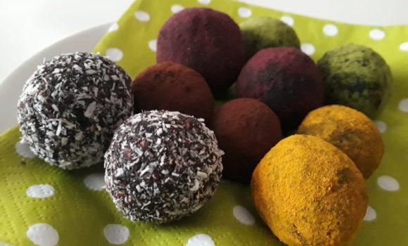 Energyballs – eine leckere Alternative zu Schokoostereiern!
