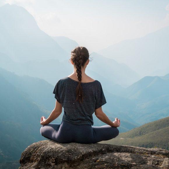 Was ist der Unterschied zwischen Meditation, Autosuggestion und Hypnose?